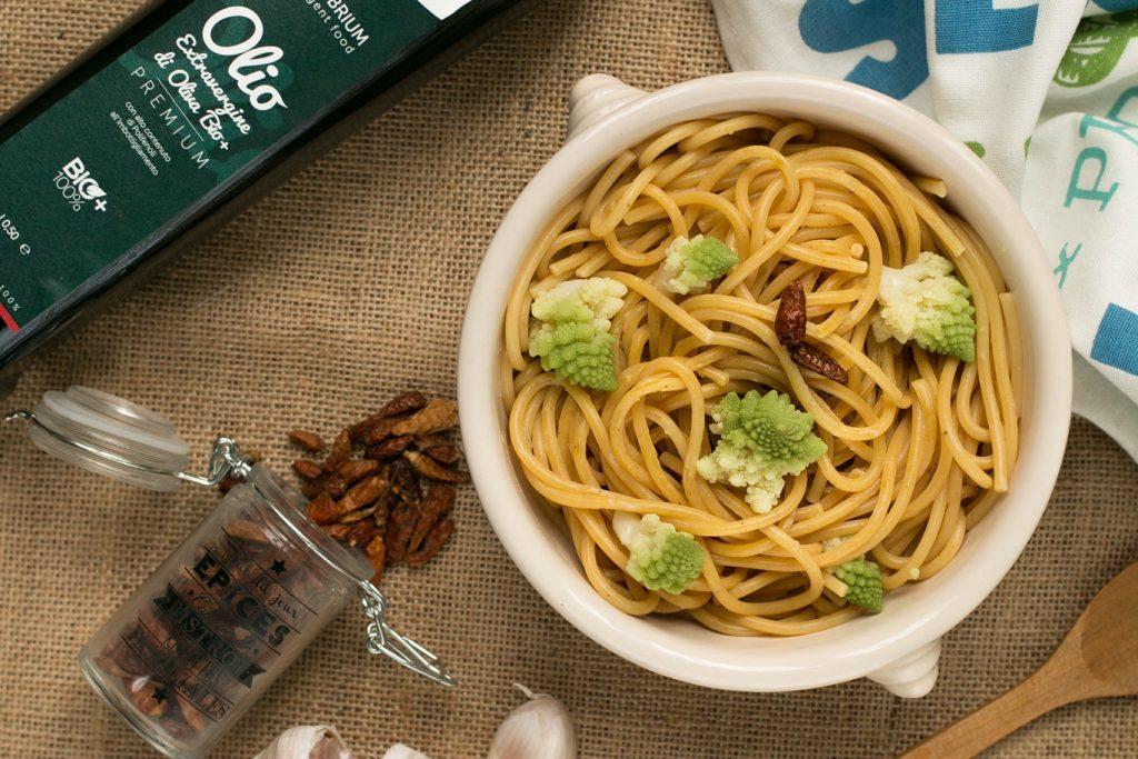 spaghetti-aglio-olio-peperoncino-broccoli_ricette_equilibrium_intelligent_food